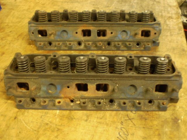 Mopar Chrysler Plymouth Dodge Open Chamber Cylinder heads 400 440